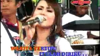 Sutradara Cinta - Eny Sagita (Official Music Video)