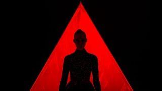Sweet Tempest - Mine (The Neon Demon) 4K