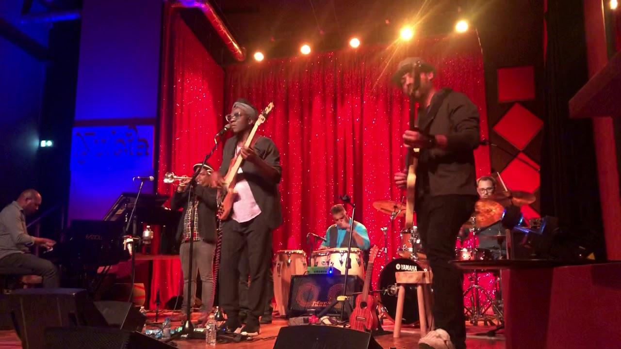 Richard BONA & The Mandekan Cubano - Jokoh Jokoh LIVE au Nubia