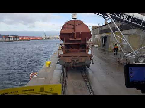 """Port Szczecin """" ucieczka przed wagonami """""""
