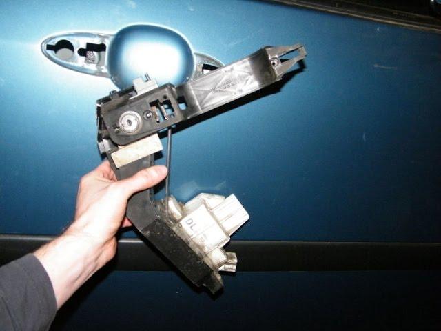 Ford Focus Power Door Lock Motor Change Youtube