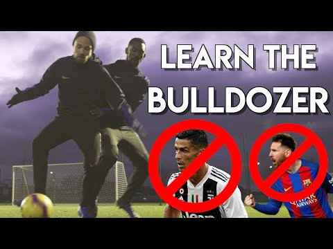 HOW TO DESTROY ATTACKERS - THE ULTIMATE DEFENSIVE SKILL    DEFENDER MOVES