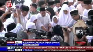 Prosesi Pemakaman KH Hasyim Muzadi Di Ponpes Al-Hikam # 3