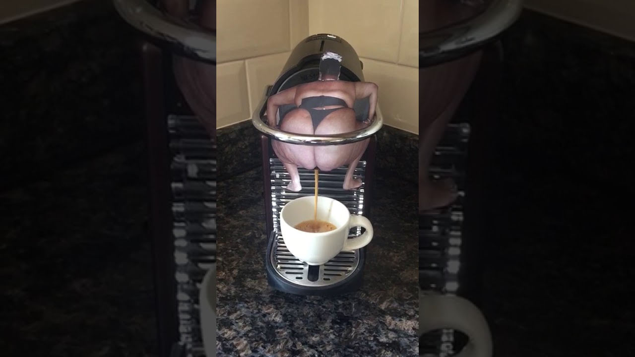 The funny coffee machine ever😂😂😂