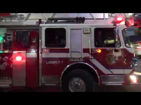 Vancouver Fire & Rescue Services - Ladder 7 & Engine 6 Responding