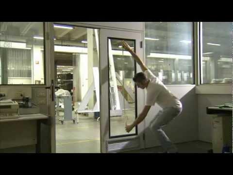 Istruzioni per la posa su vetro di pellicole anti calore e for Pellicola specchio leroy merlin