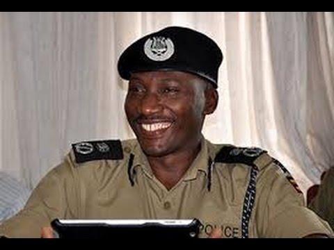 Agatalinda : Omwogezi wa Police  AFANDE Felix Kaweesa akubidwa amasasi agamutidewo #KitaloNyoo