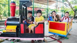 Kids Go To School | Chuns With Friends Have Fun In Ball House The Children