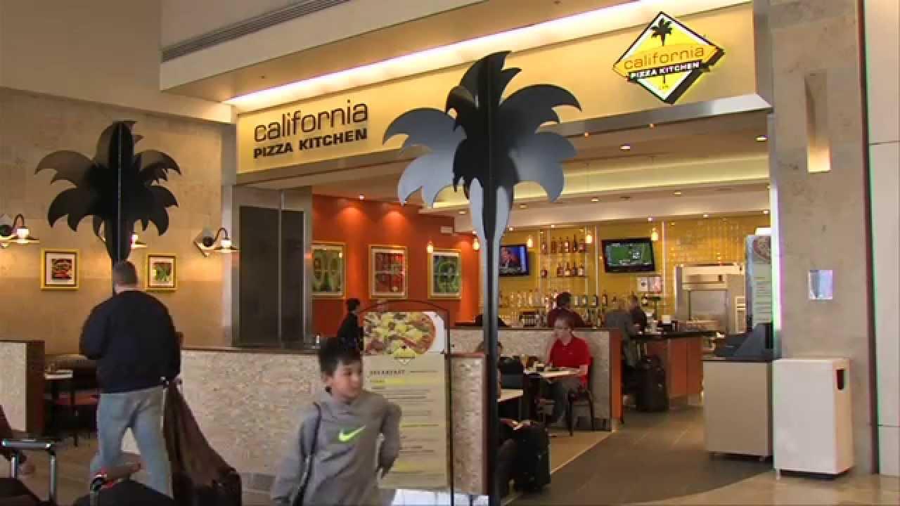 California Pizza Kitchen CPK Italian Cuisine Food SNA Terminal A Gate 5 BBQ  Chicken Pasta Salads JWA