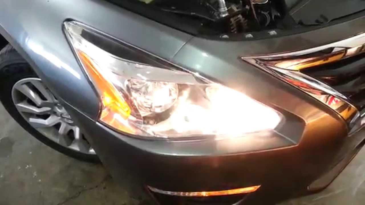 2014 Nissan Altima Sedan Testing Headlights After