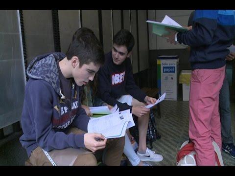 Estudiantes, nerviosos en la selectividad