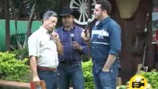 Quem Chorou foi Eu c/ Roni e Marcelo no Prog.S.M. Domingo 24/abril/2011