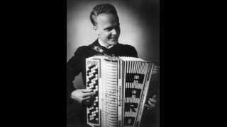 CARMEN SYLVA, Aaro Ahto harmonikkasoolo v.1949