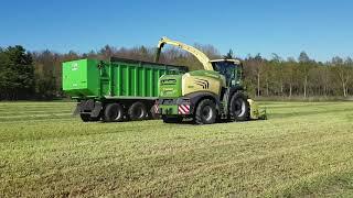 1 Schnitt 2019 Grashäckseln Krone Big X 630 und Fendt Vario