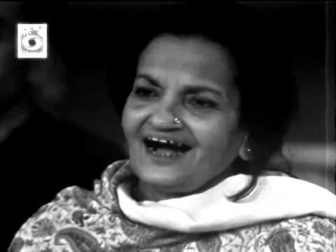 73e   Aaye Kuchh Abr Kuchh Sharab   Begum Akhtar