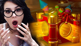 I KNOW IM LATE BUT OPENING OVERWATCH LOOT BOXES
