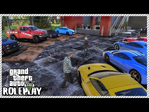 GTA 5 Roleplay - Selling Cars at Dealership | RedlineRP #440