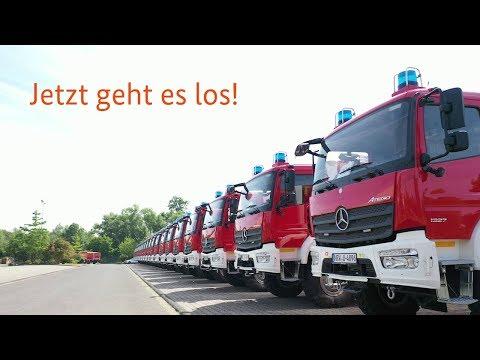 300 Löschfahrzeuge für die Länder -  die Übergabe hat begonnen