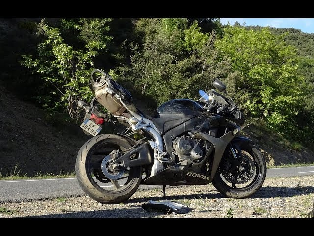 CBR 600 RR ▏Ma chute en passagère (ok, on roulait fort)