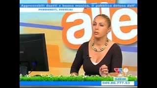 TERREMOTO IN DIRETTA TV7alle7 - La presentatrice scappa