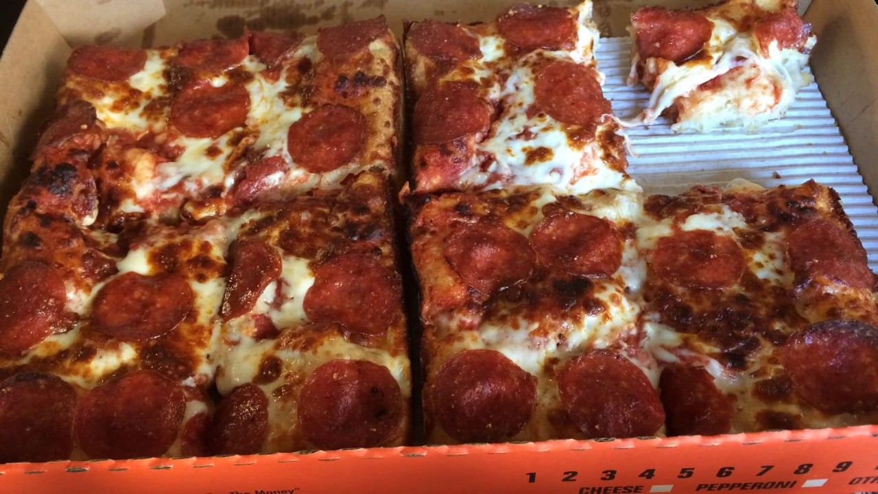 Little Caesars PEPPERONI STUFFED CRUST DEEPDEEP DISH Review
