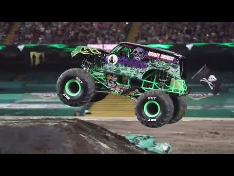 FULL RUN Grave Digger Freestyle | Cardiff, Wales 2018