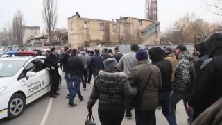 Попытка рейдерского захвата в Киеве людьми в балаклавах и с оружием