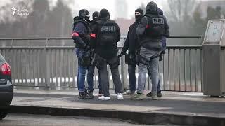 Fransada 3 nəfəri öldürən terrorçunun axtarışı gedir