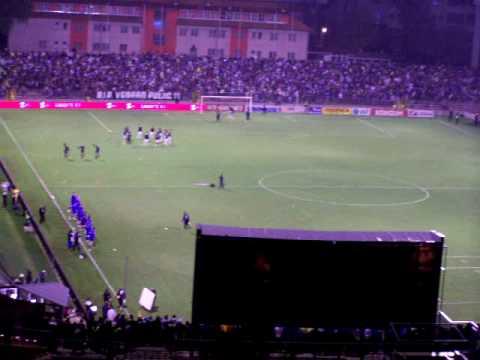 BiH - Spanija (3): atmosfera na stadionu prije pocetka utakmice...