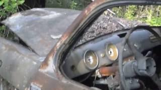 Fiat 1100 103 immagini drammatiche di totale degrado e abbandono.