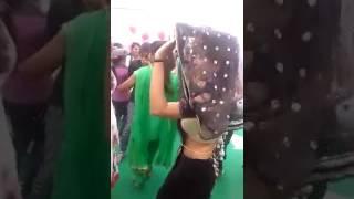 Raat bhar piyale Bani Pani freez Gopal