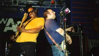 The Dirtbombs - Alleys of your mind