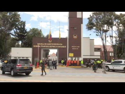 Coche bomba en academia policial de Bogotá deja nueve muertos