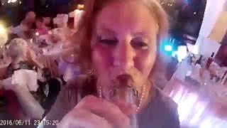 Свадебный угар, бутылка с камерой / Wedding bottle Cam