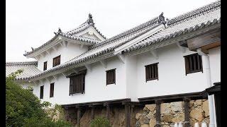 Фото слайд-шоу Замков. Замок Химэдзи (Himeji Castle) в Японии. Двор(Замок Химэдзи. Двор. Красивое слайд шоу из фотографий с музыкой. Примеры, образцы видео. Замок белой цапли...., 2014-08-16T22:13:20.000Z)