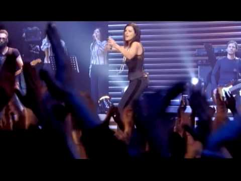 Laura Pausini - Non C'è (Live in Paris 05) (Official Music Video)