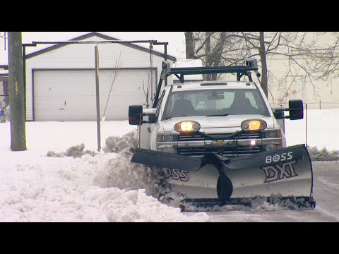 Snowplow companies gear up for weekend weather in Indianapolis