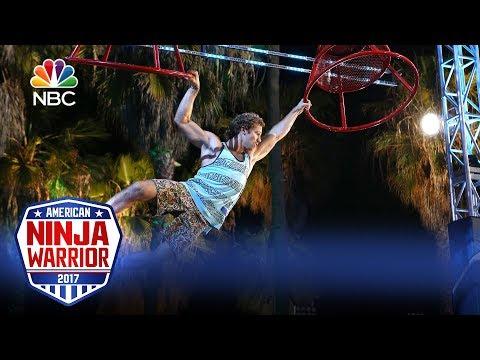 American Ninja Warrior - Best Rookie Runs (Digital Exclusive)