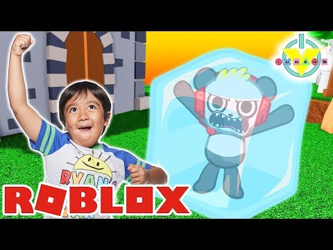 RYAN GOT FROZEN IN FREEZE TAG ROBLOX  Let&39;s Play Roblox with Combo Panda