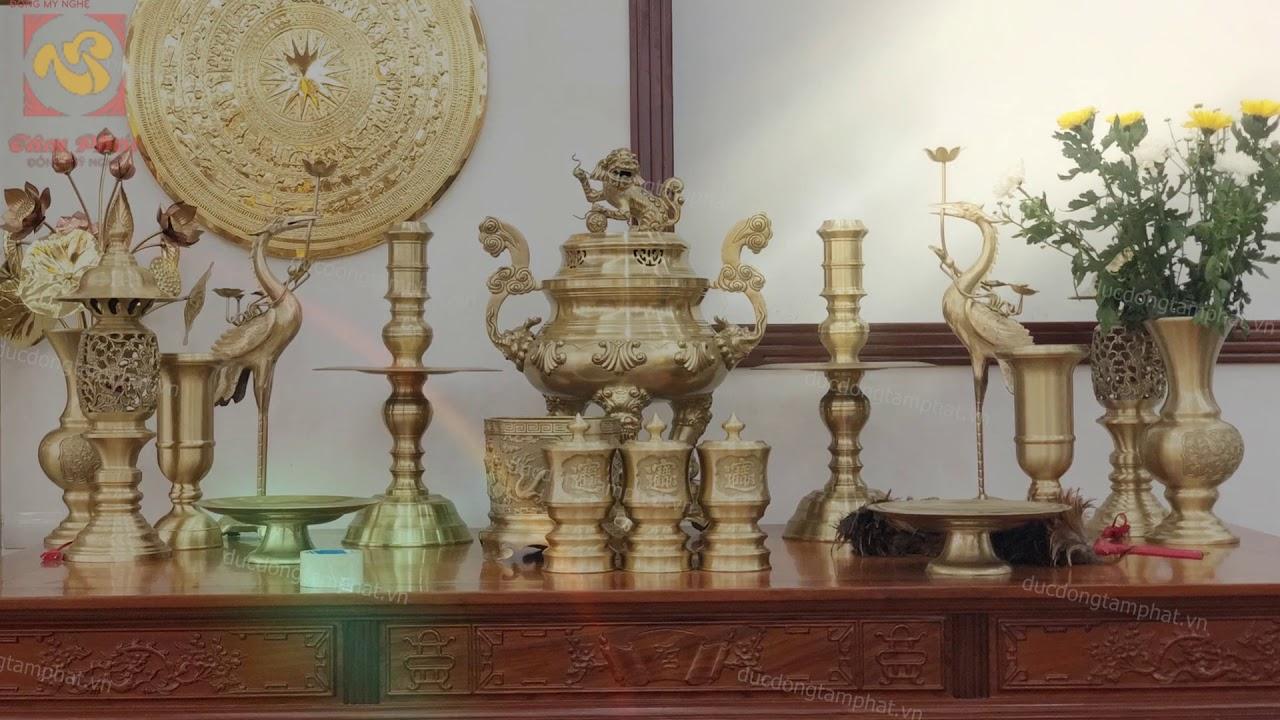 Đỉnh đồng có ý nghĩa gì? Cách bày trí đỉnh đồng trên bàn thờ tổ tiên là gì?