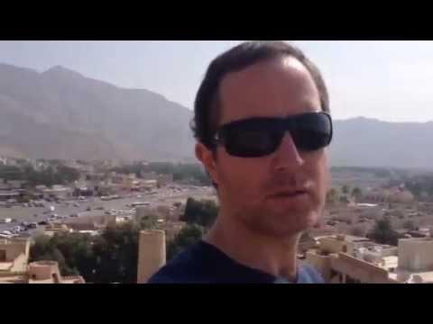 Alejandro Kunhardt & Nizwa Fort ( Oman ) By www.nomaks.com