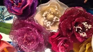 Видео! Цветы: розы, лиллии, каллы, тюльпаны из цветного капрона(Видео! Цветы: розы, лиллии, каллы, тюльпаны из цветного капрона Заходите в интернет-магазин http://pero-led.ru ..., 2014-08-11T08:27:54.000Z)