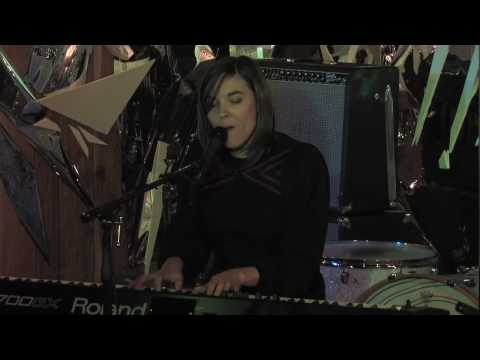 Valery Gore - Shoes Of Glass - Live At Sonic Boom Records In Toronto