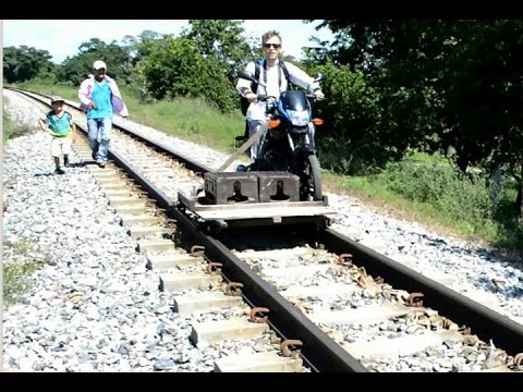 Motomesas provide a new form of transportation in Colombia - YouTube