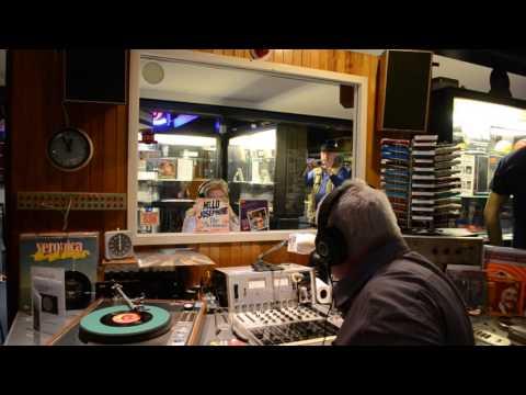Oude landstudio van zeezender Radio Veronica weg uit Hoek van Holland