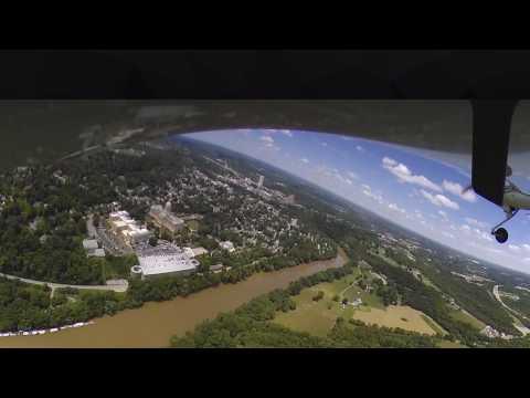 Diamond da20 over over the Kentucky capital