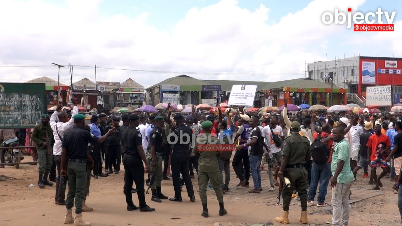 Download Oju-Ore, Sango Ota: Protesters Rejected Police Presence over History of Extortion, Brutality