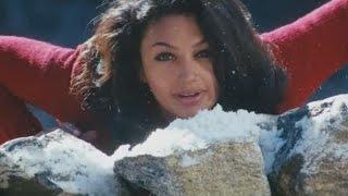 Yevade Subramanyam Songs Trailer - Challagali Thakuthunna Song  - Ilayaraja, Nani, Malavika Nair