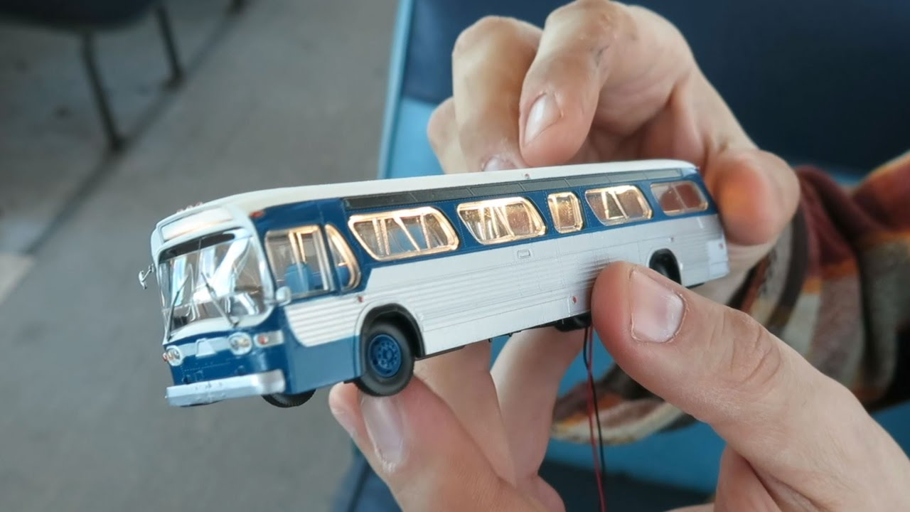BUSch 1:87 Model Car Ready-made Chicago Fishbowl US BUS