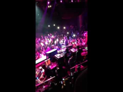 Nas performing in Las Vegas